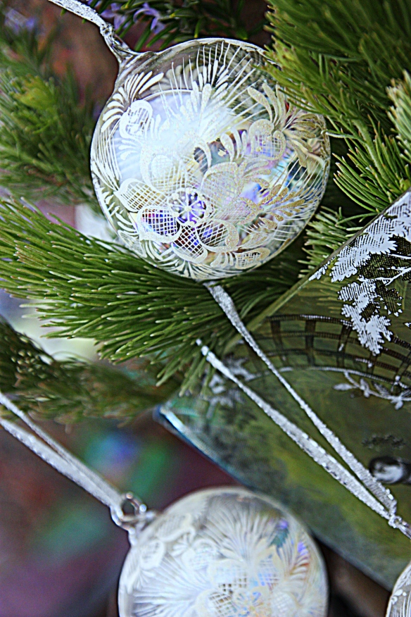 bauble-licious with freshly picked garden foliage