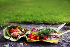offerings, Bali, by @debsnet